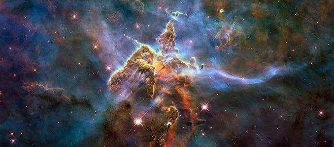 c4d160f958e8f0eb68c336ec84cb77f6 678x300 - Kosmické odhalení: Elektrické Slunce (3)