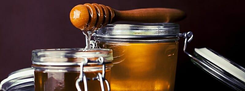 a657ab2d5b0946909c818dce10ac6507 - Falešný med je všude. Jak jej rozpoznat?