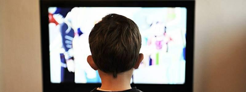 0b8b7b1e3c63683ec80ee403cb249b10 - Výzkum tvrdí, že televize brzdí duševní vývoj dětí