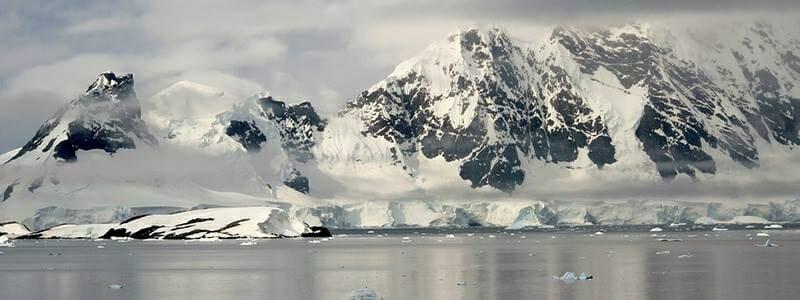 e9302a10be04a934f899af75558efd3e - Nacisté vybudovali na Antarktidě velké základny