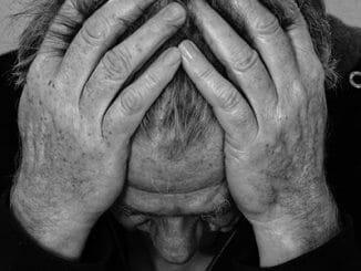 d0dbe5d54d132ddc9bbcd7992f940978 326x245 - Jak negativní emoce ovlivňují naše zdraví?