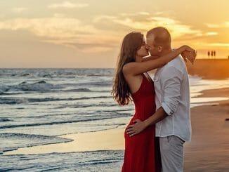 b1c15fcb36b9c16a8220ba8727909024 326x245 - Jak si vybudovat nejlepší vztah svého života