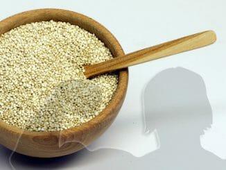 03c86df97b7d32d555db7431adb2c032 326x245 - Quinoa a posilování: spolehlivě nahradí maso