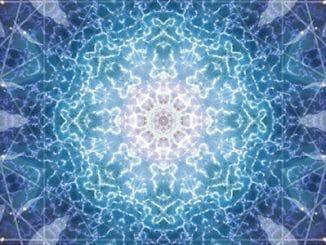 94a914d2235d2087311821bee1923ab4 326x245 - Jak poznáme, že začínáme žít v páté dimenzi?