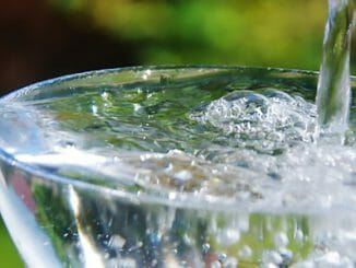 e4e7bc07692da3b781ca7841850a38be 326x245 - Ne každá voda umí harmonizovat vaše tělo