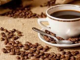 35fc266ab1cffd39570b66d56df9ed6f 326x245 - Abstinenční bolesti hlavy z nedostatku kofeinu