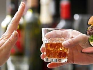 4bef5144f4411e347d4e277c28945ffe 326x245 - Pokud nepijete alkohol, nemůžete jíst maso