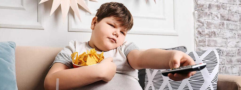 Obezita a nadváha dohání kouření v rakovině.