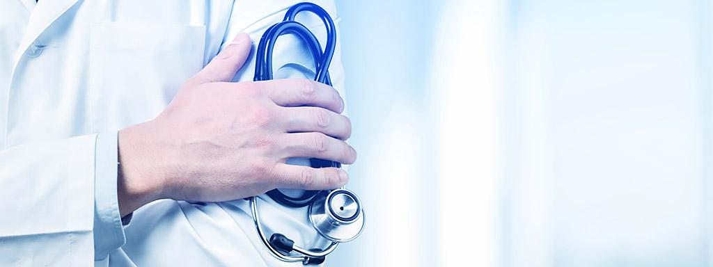 Lékaři se dožívají nejkratšího věku.