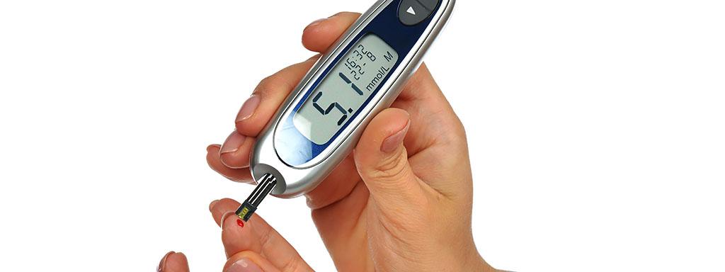 Jak snížit cukr v krvi nejen před odběrem.
