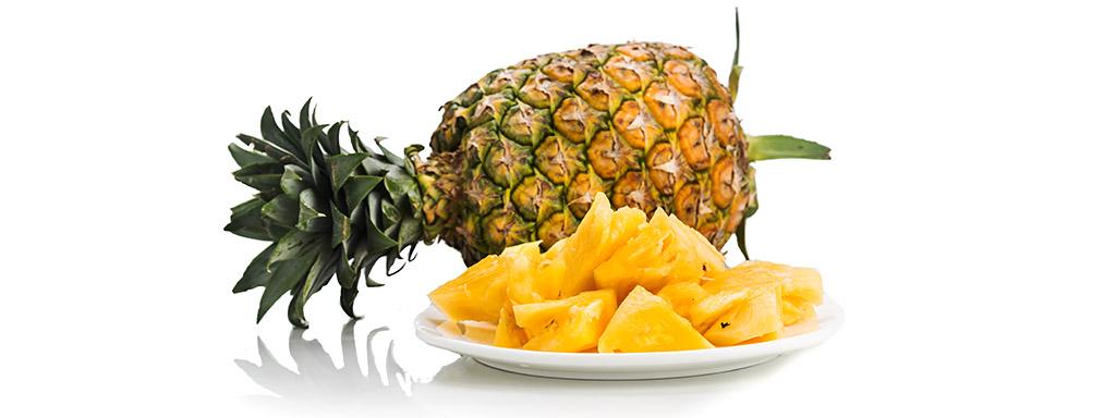 Ananas usnadňuje trávení, pomáhá tak hubnutí.