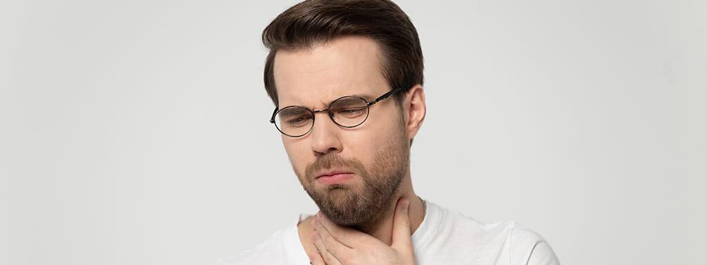 Laryngitida: Jaké má příznaky, jak ji léčit.